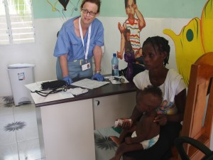 Dr. Jill Works in the clinic in Bod me Limbe